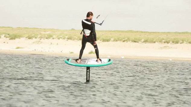 action twintip kitefoil