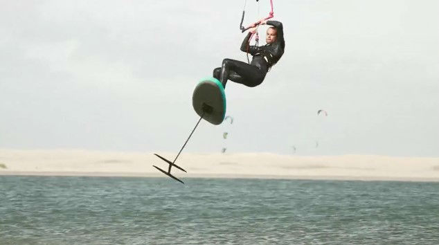 saut kitefoil gonflable