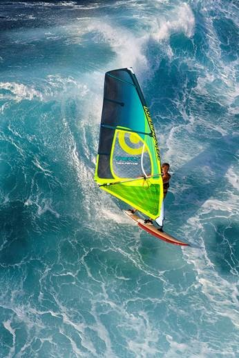 voile-windsurf-Neilpryde-Fly